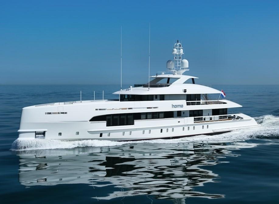hybrid-heesen-yachts-yn17850-home-boat-4 (1).jpg