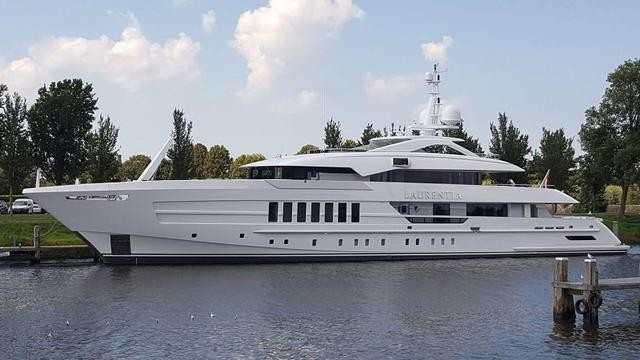 Laurentia-yacht-launched-Heesen-Project-Alida-credit-Andre-Dorst-Dutch-Yachting--640x360.jpg