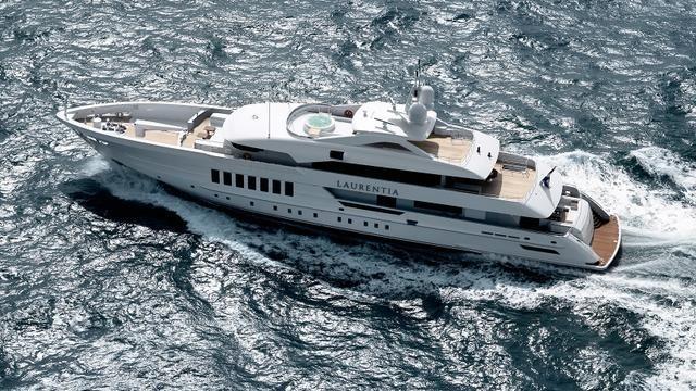 Laurentia-yacht-delivered-Heesen-aerial-view-640x360.jpg