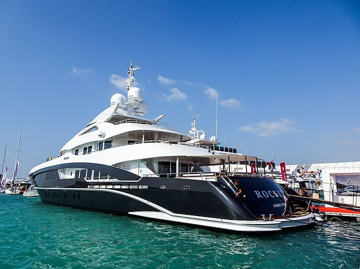 Rocket 50m Heesen in Dubai.jpg